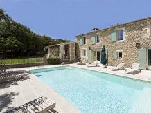 Villa Mas des Pierres