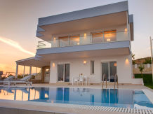 Villa Delfini 3, south coast Crete