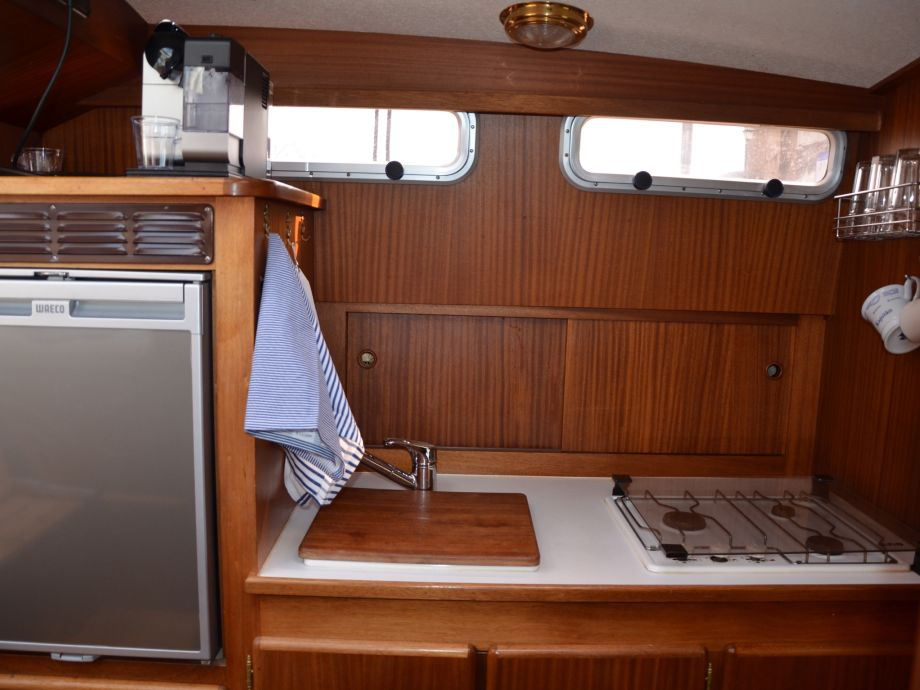 hausboot motoryacht marie mecklenburger seenplatte schweriner see firma. Black Bedroom Furniture Sets. Home Design Ideas