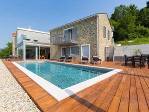 Villa Akazija
