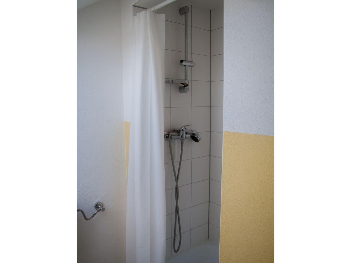 Ferienwohnung casa maria freiburg gundelfingen familie for Dusche dachgeschoss