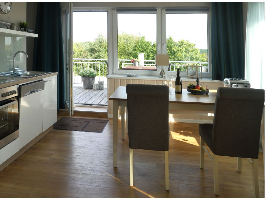 ferienwohnung sch ne aussichten ostsee frau sabine scholz. Black Bedroom Furniture Sets. Home Design Ideas