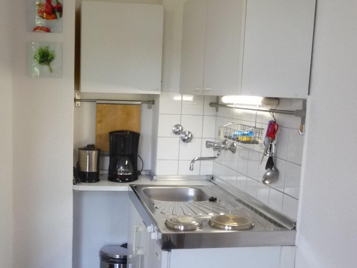ferienwohnung apartment am schlo 2 charlottenburg frau anne kathrin und bj rn piepgras. Black Bedroom Furniture Sets. Home Design Ideas