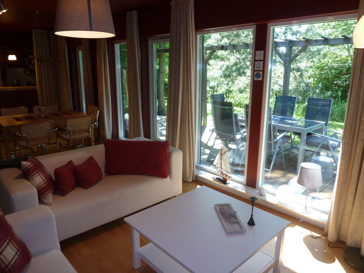 Villa gudrun romantisches ferienhaus mit sauna fischland darss - Romantisches wohnzimmer ...