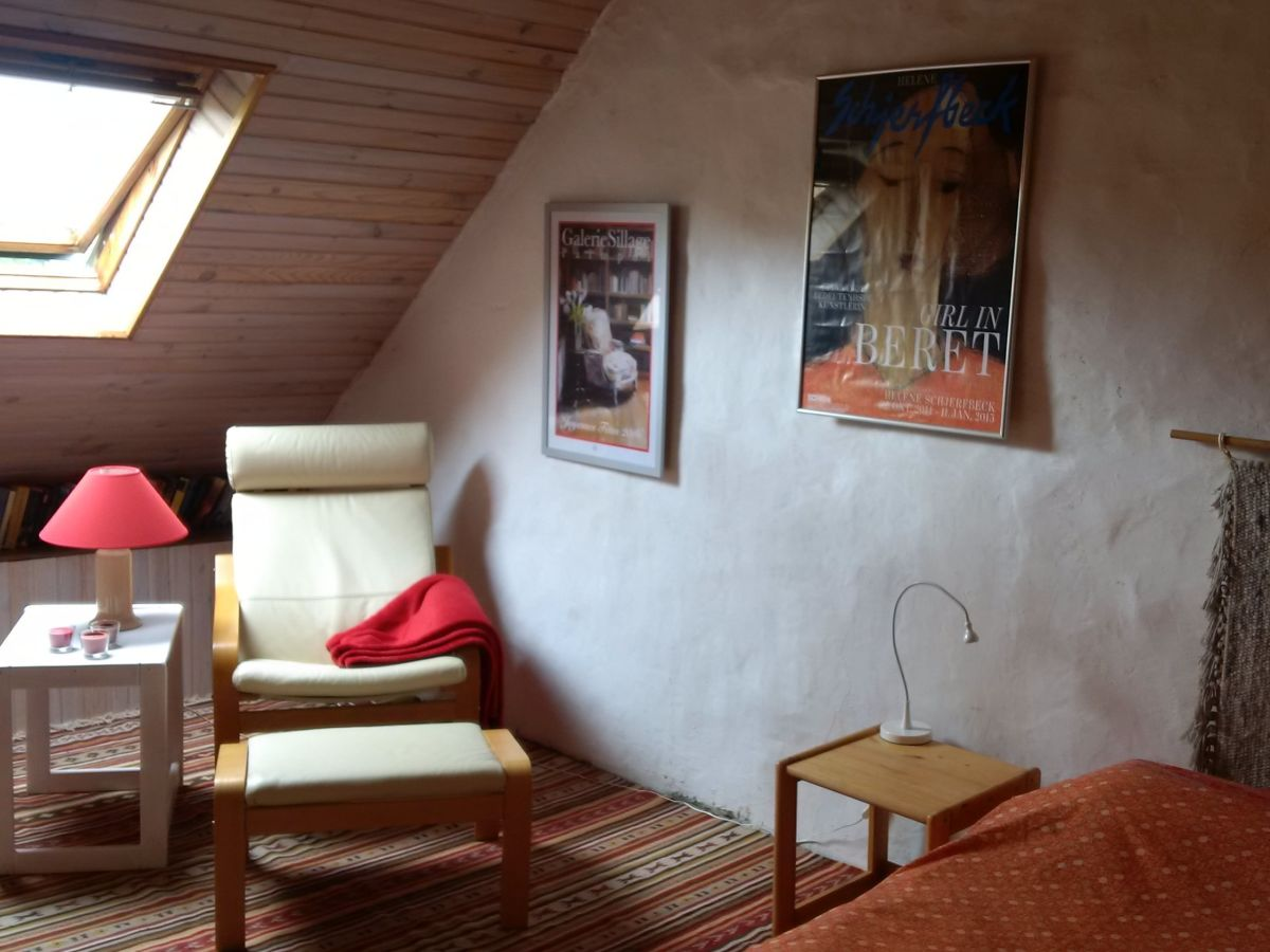 Lese Ecke Mit Bcherregal Im Schlafzimmer Einrichten   28 Images