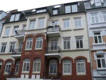 Holiday apartment Zentrale 3 Zimmer Whg mit Balkon