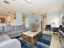 Ferienhaus 5-Bedroom 320 High Grove Resort