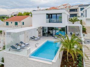 Ferienhaus Brač Villa Pax für 8 Personen