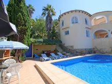 Villa Cobana