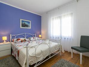 Ferienwohnung Antonietta Vrsar