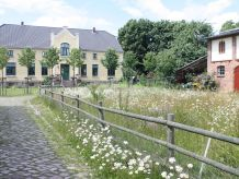 Landhaus Bauernhaus mit antiken Möbeln