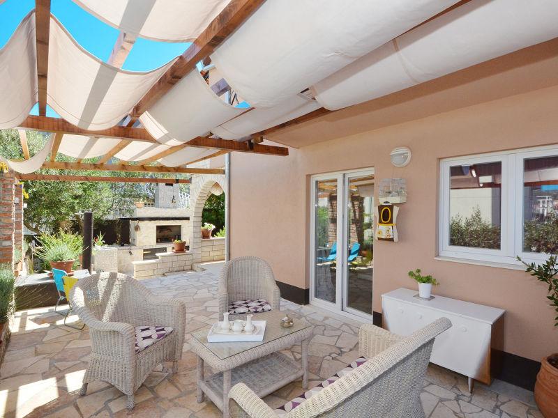 Designer Villa Buble