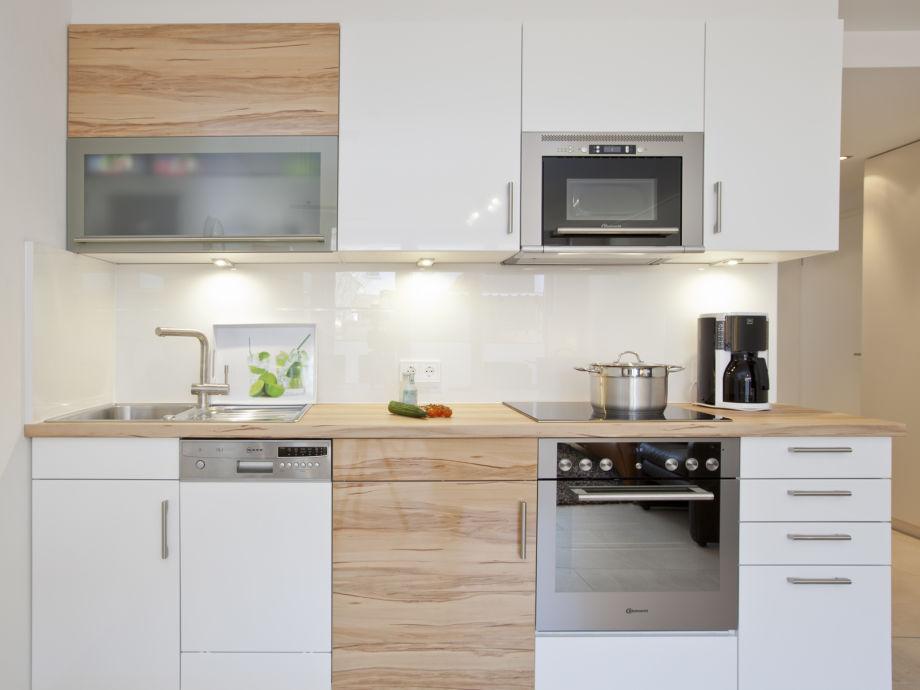 ferienwohnung fast t r an t r mit sonne strand und meer norderney firma vermietservice frau. Black Bedroom Furniture Sets. Home Design Ideas
