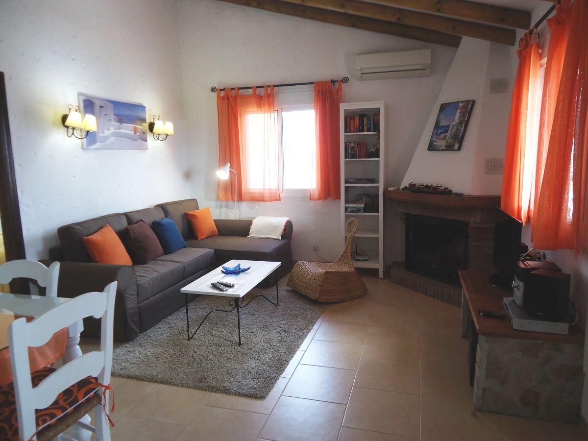 Ferienhaus Mediterráneo - einsam und strandnah, Nerja, Frau Puri ...