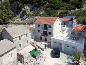Ferienwohnung Podgora Villa Fenix 10+2