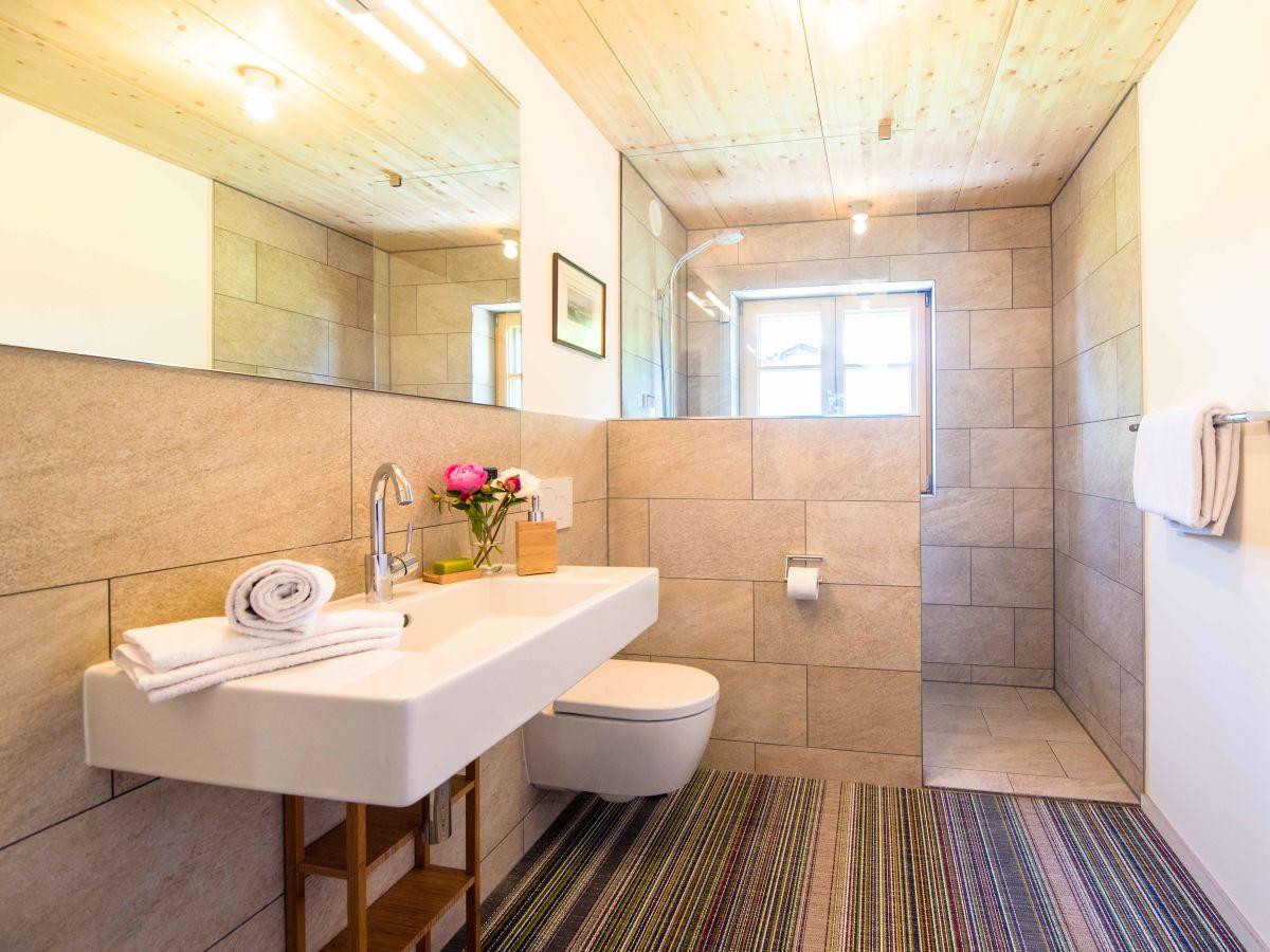 ferienwohnung haus berg wolfsgrube chiemsee chieming firma betreiber gesellschaft. Black Bedroom Furniture Sets. Home Design Ideas