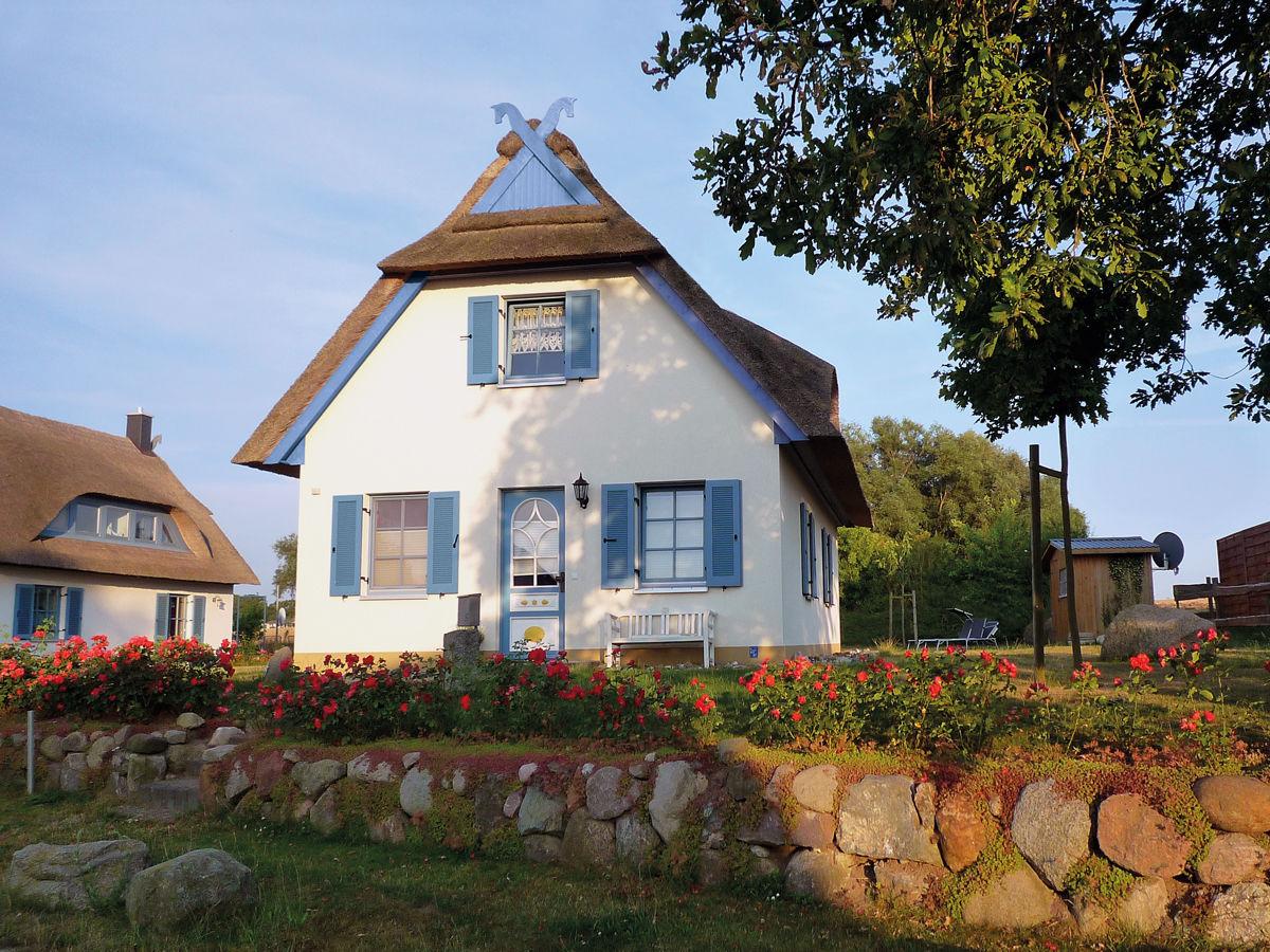 Ferienhaus Reetdachhaus Ahoi auf Poel, Mecklenburg-Vorpommern an der ...