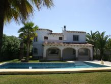 Holiday house Villa Deveses WE