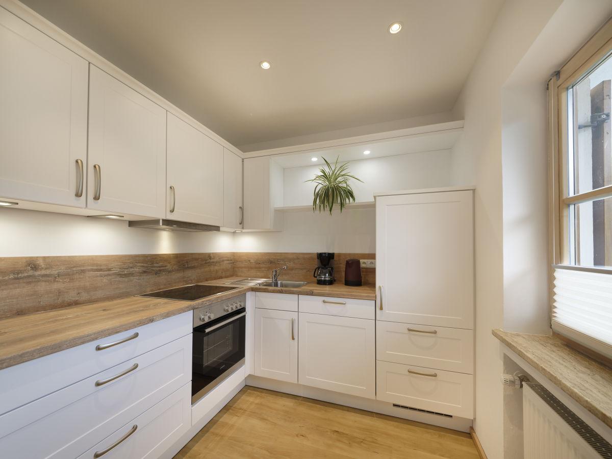 ferienwohnung sun alpin 2 garmisch partenkirchen firma landhaus sun alpin 2 herr peter keilwerth. Black Bedroom Furniture Sets. Home Design Ideas