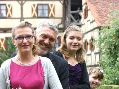 Ihr Gastgeber Reiner und Jennifer Haselbeck