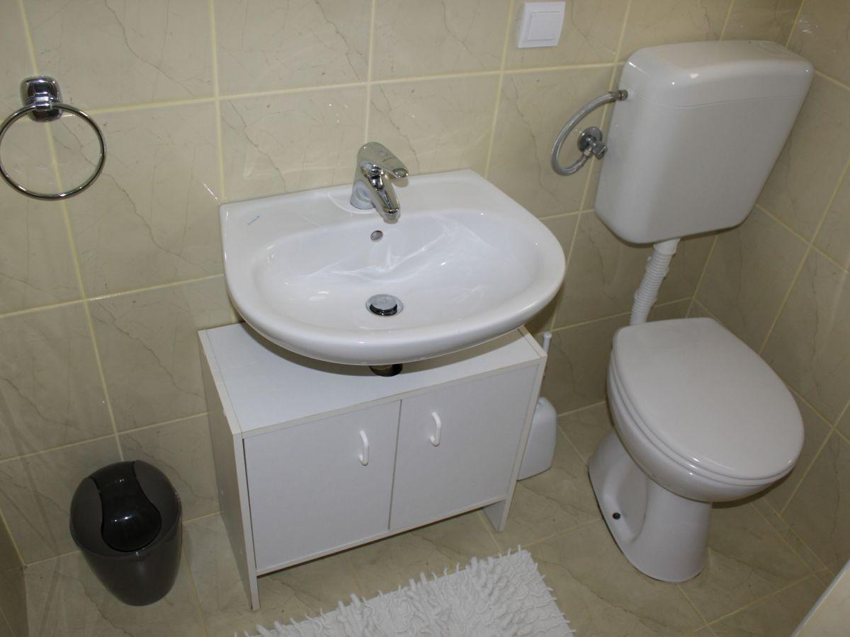 ferienwohnung tukara 1 vir firma adela travel j d o o adela turkovic. Black Bedroom Furniture Sets. Home Design Ideas