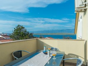 Holiday apartment Partelj 9