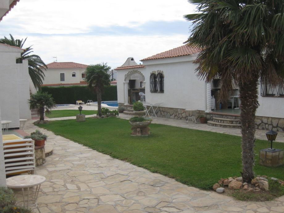 Spanischer Innenhof bungalow alhambra costa dorada familie theodor weber