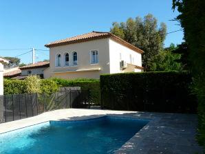Ferienhaus Saint Tropez fussläufig 6 min Marktplatz