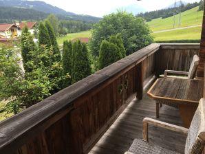 Ferienwohnung Ellmau Tirol Sonnseite mit Balkon