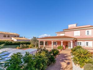 Villa Geminis (080104)