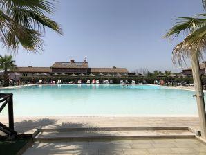 Ferienwohnung Appartamento Palazzeta con piscina 3 km dal mare