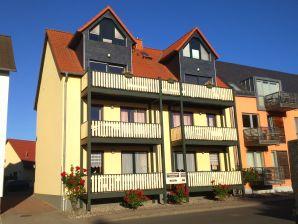 Ferienwohnung Am Seeufer - mit Balkon  und Terrasse