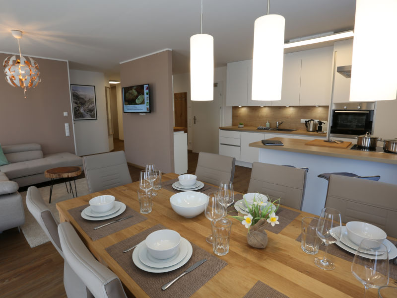 Alpine Apartment Top 4 by AA Holiday Homes