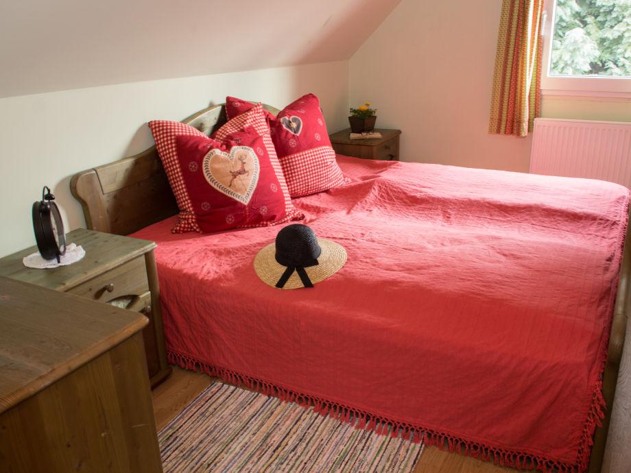 ferienhaus lenzen eifel frau tanja lenzen. Black Bedroom Furniture Sets. Home Design Ideas