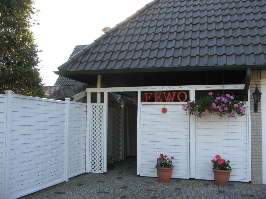 Stellplatz u. Eingang zur FeWo