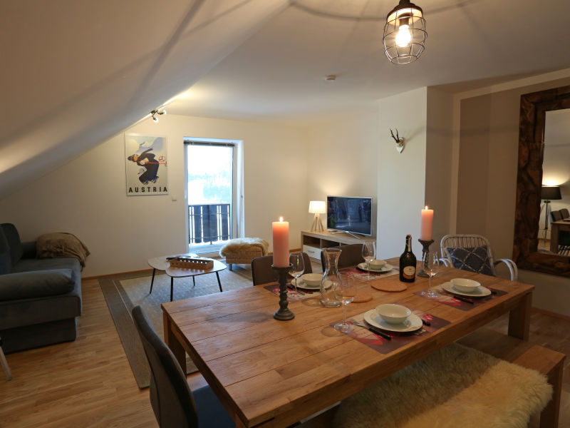 Alpine Apartment Top 9 by AA Holiday Homes