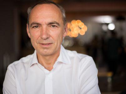 Ihr Gastgeber Benedikt Schroeder