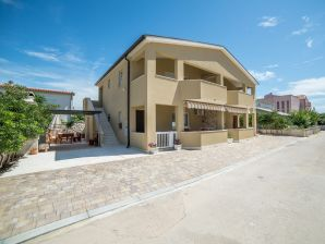 Holiday apartment Jakovljevic 2