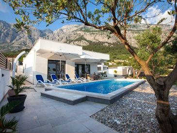 Holiday house ctma210