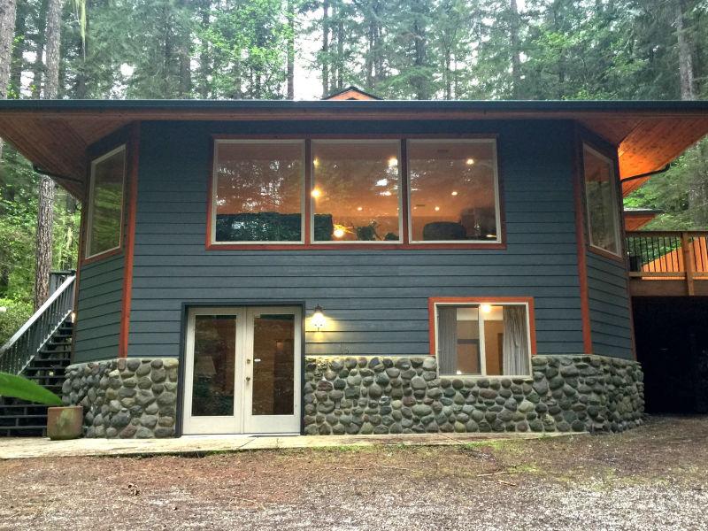 Holiday house Cabin #29 – HOT TUB, SAUNA, SHUFFLEBOARD, BBQ