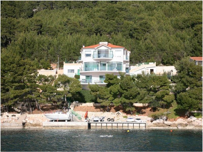Villa Cascade