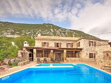 Villa Honeystone