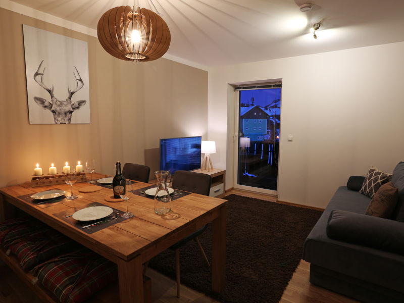 Alpine Apartment Top 8 by AA Holiday Homes