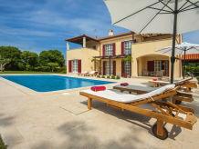 Villa Villa Mirna