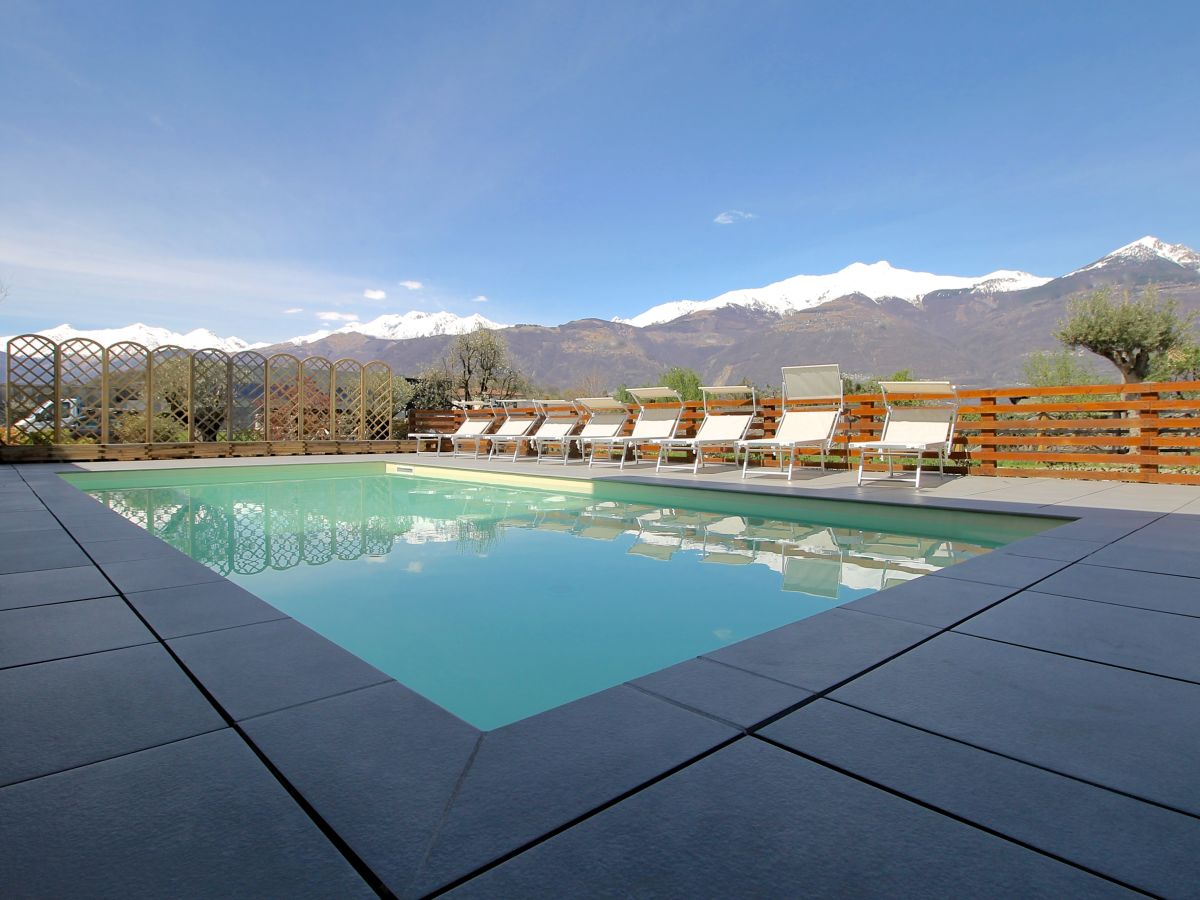 Ferienwohnung Carolina, Italien, Lombardei, Comer See, Colico - Frau ...