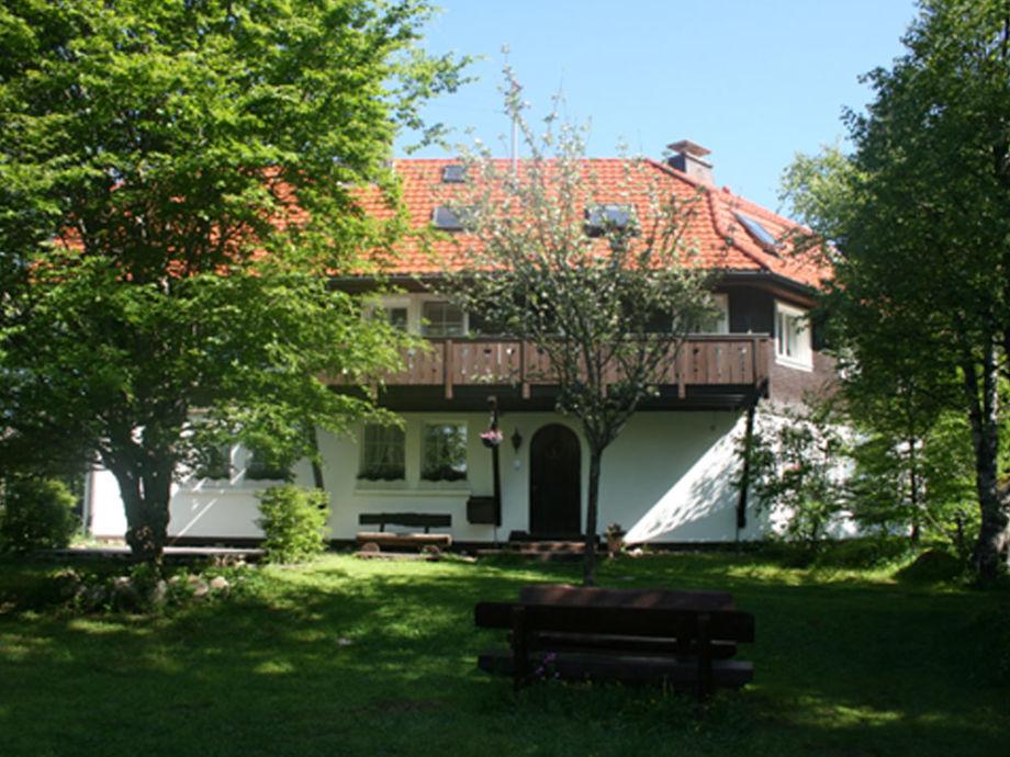 Haus von Gartenseite