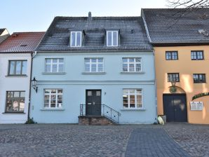 Ferienwohnung Backbord Hansestadt Wismar mit Terrasse