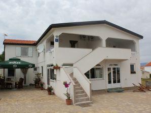 Holiday apartment Tukara 3