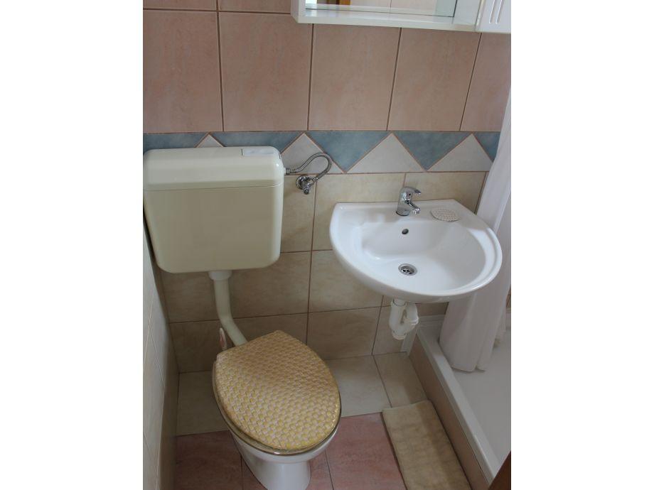 ferienwohnung tukara 3 dalmatien region zadar insel vir firma adela travel j d o o firma. Black Bedroom Furniture Sets. Home Design Ideas