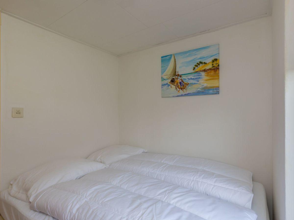 ferienhaus bongerd 52 renesse firma sorglos urlaub in zeeland frau lara koppenaal. Black Bedroom Furniture Sets. Home Design Ideas